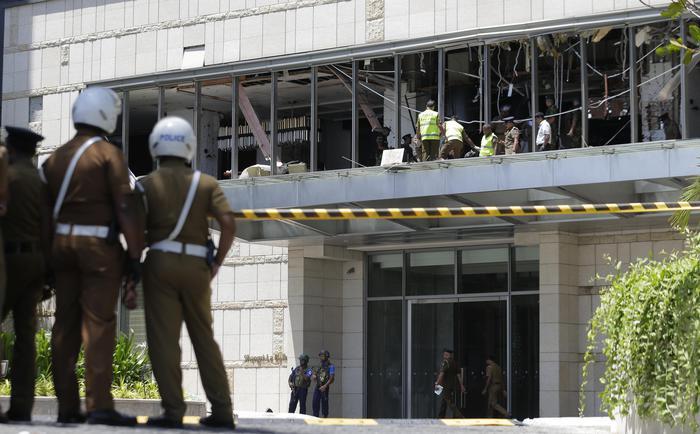 Nuova esplosione davanti a una chiesa in Sri Lanka: ferito un giornalista italiano