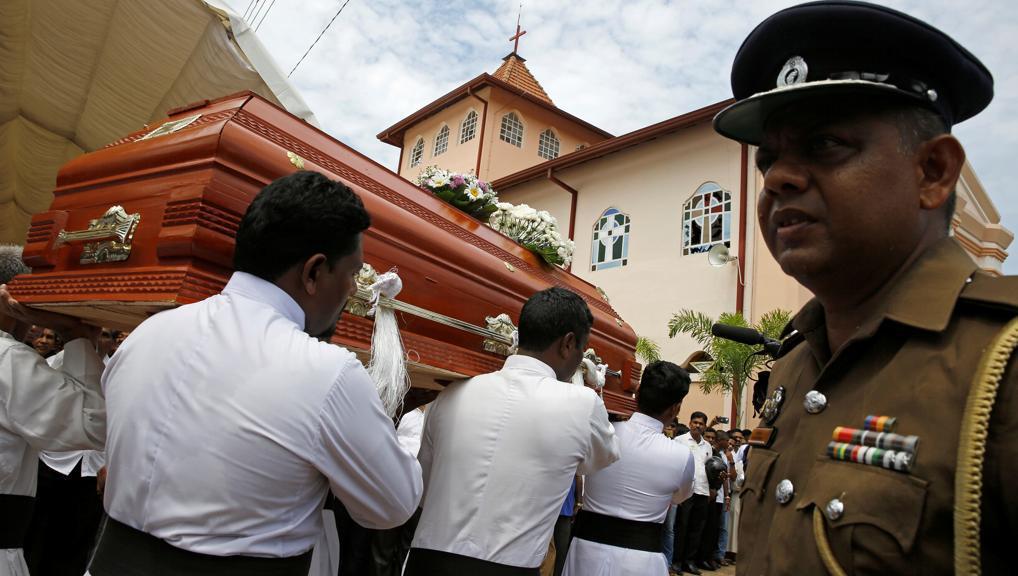L'Isis rivendica le stragi in Sri Lanka e pubblica le foto dei kamikaze