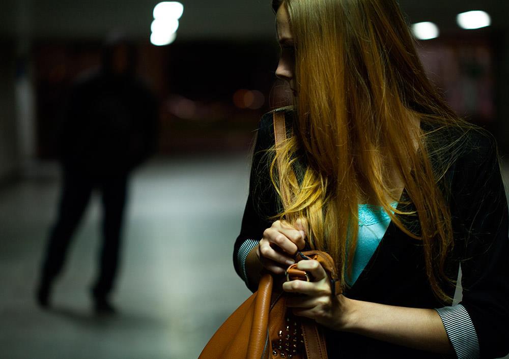 Catania, stalking alla ex e minacce di morte alla figlia: arrestato a Librino