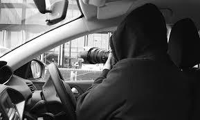 Avola, si intrufola nell'auto dell'ex moglie la minaccia: arresti domiciliari