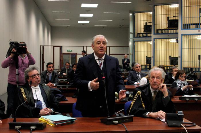 Stato-mafia, a Palermo in Appello assoluzione per i carabinieri e Dell'Utri