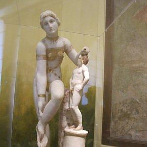 L'8 marzo torna a Pompei la statua della Venere in bikini