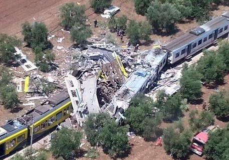 Strage treni in Puglia, oggi la decisione sul processo
