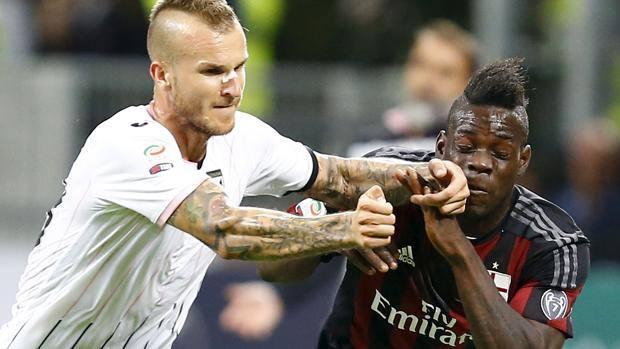 Il Palermo costretto a rinunciare a Struna nella trasferta di domani a Foggia
