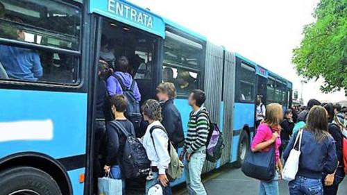 Trasporto studenti a Siracusa per il 2020: domande entro il 30 giugno