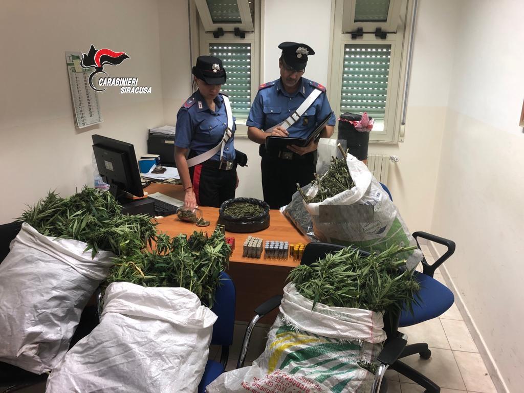 Carlentini, preso con 3 chili di marijuana: ai domiciliari (GUARDA FOTO E VIDEO)
