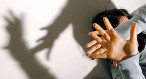 Stupra la moglie e la ferisce con un coltello, indagato a Giarre