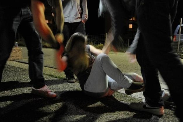 Stuprata dal gruppo a Catania, due persone arrestate