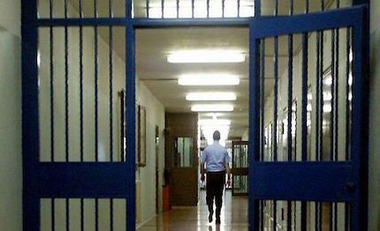 Condannato all'ergastolo a Siracusa, è ai domiciliari per timore del covid-19
