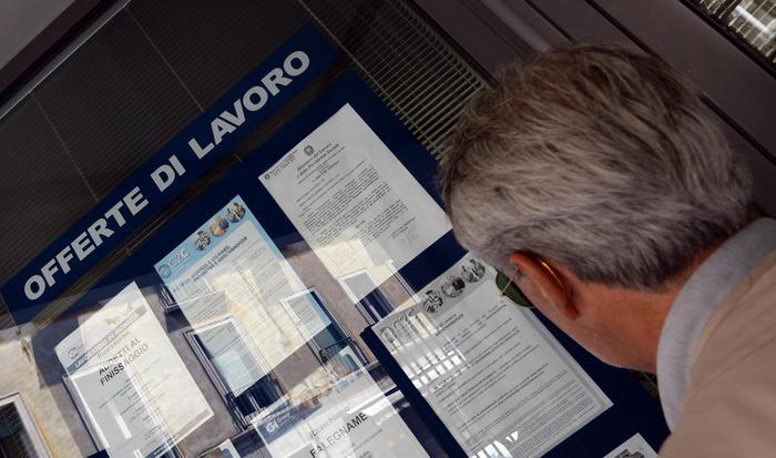 Rapporto Svimez, il Sud in recessione: 2 milioni di persone lasciano il Mezzogiorno