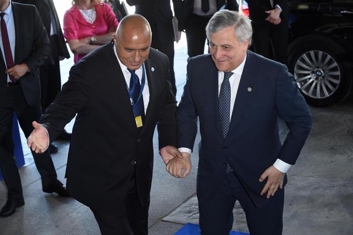 """Tajani (Forza Italia) a Catania: """"Il reddito di cittadinanza penalizza il futuro"""""""