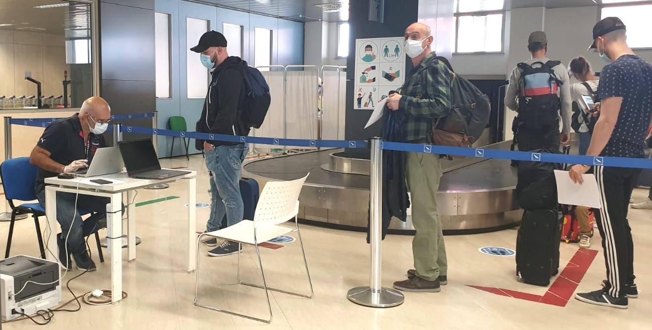Comiso, all'aeroporto tamponi rapidi per chi arriva dall'estero