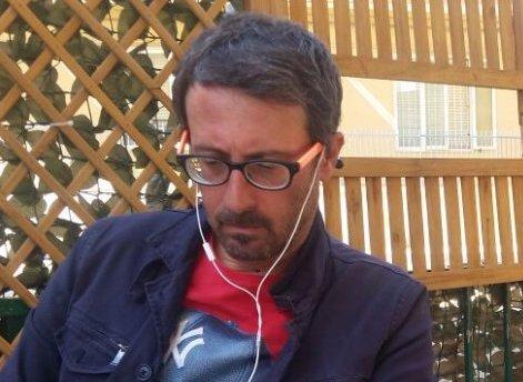 Siracusa, fuoco all'auto del giornalista Scariolo: fatto legato al mio lavoro