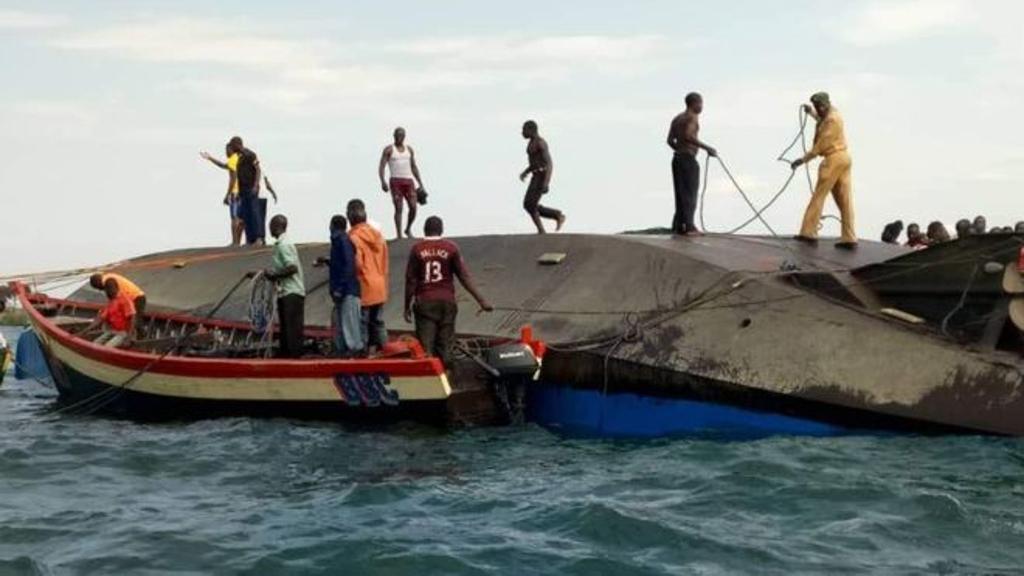 Tanzania: si rovescia un traghetto, almeno 86 morti