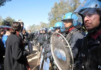 Gasdotto, Salento torna militarizzato per la ripresa dei lavori: San Foca vietata ai No Tap