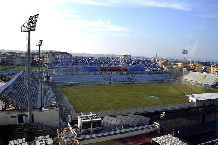 Il Tar della Calabria: lo stadio del Crotone è utilizzabile