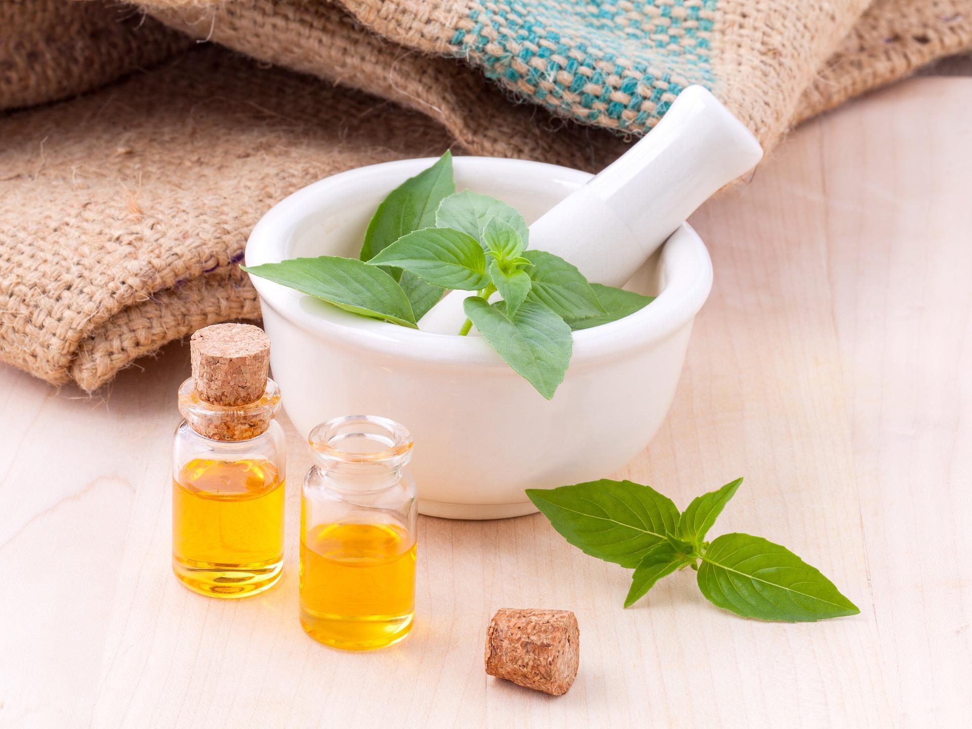 Tea Tree Oil: proprietà e usi dell'olio naturale dai mille benefici