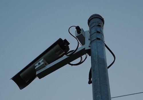 Noto, ruba due telecamere: la polizia denuncia un minorenne
