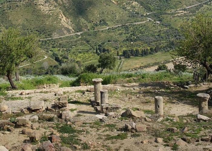 Archeologia: riportato alla luce il tempio di Apollo nel Messinese