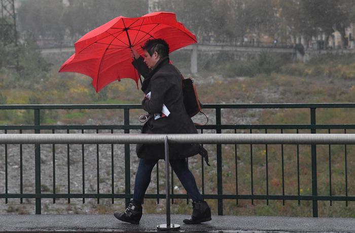 Il maltempo si sposta al Sud, allerta meteo in Sicilia