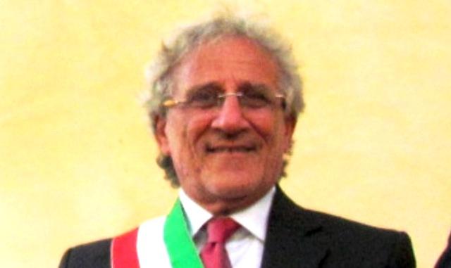 Cattolica Eraclea, a giudizio ex sindaco per la morte di un clochard