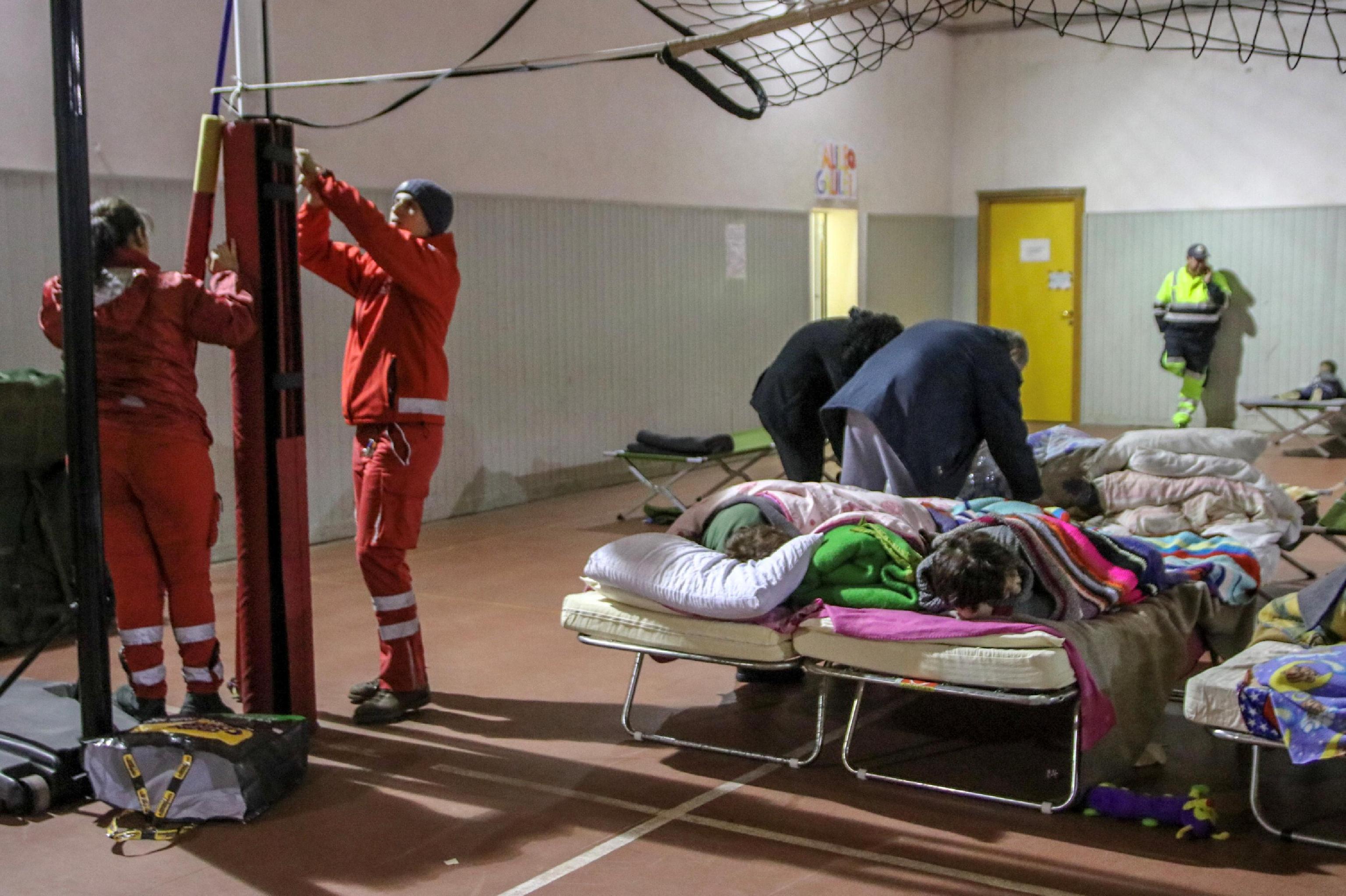 Terremoto: sfollati salgono a 1.115 nel Catanese, 2.200 verifiche