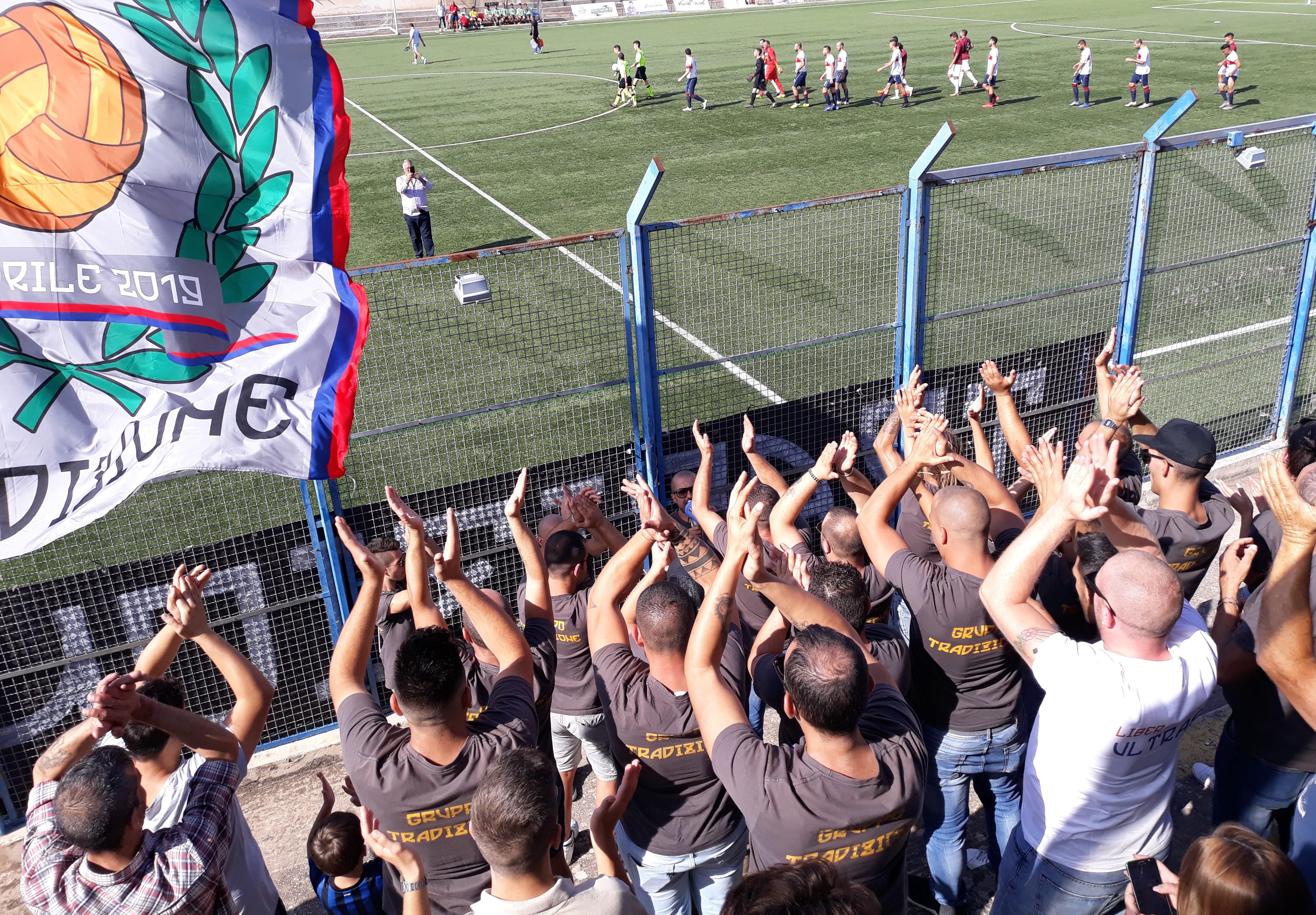 Calcio, Promozione: il Modica prepara la sfida con il Megara e chiama a raccolta i tifosi