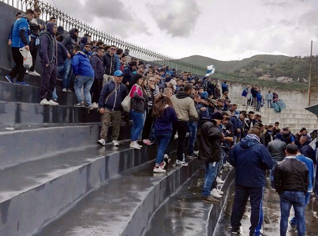 La foto, ecco i 300 siracusani che hanno seguito gli azzurri a Cava de' Tirreni