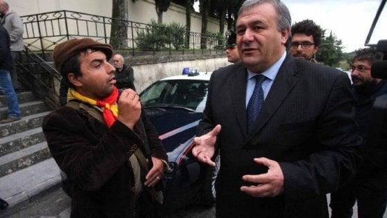 Mediò tra cosca e impresa: ex sindaco di Montelepre si consegna in cella