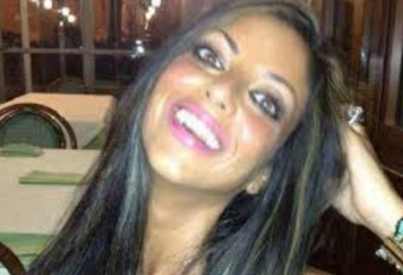Sucida per video hard, il Pm di Napoli chiede giudizio immediato per il fidanzato