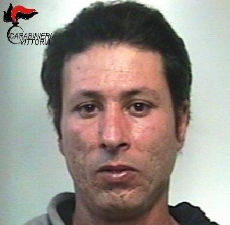 Acate, trovato con cocaina e soldi: arrestato un presunto spacciatore