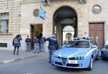 Torino, giovane venduta e stuprata: fermata una donna