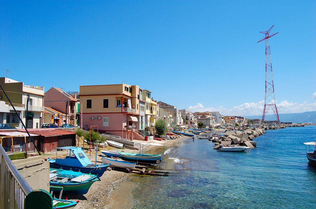 Stretto di Messina, dopo 6 anni verrà riacceso il pilone di Torre Faro
