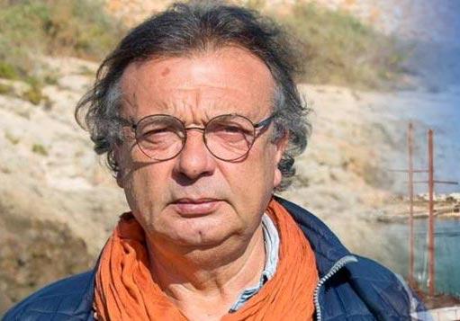"""Migranti, minacce al sindaco di Lampedusa: """"Sei un comunista di m..."""""""