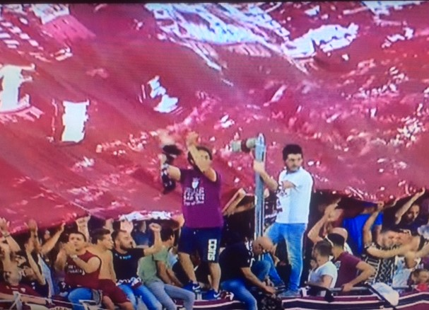 Al via Trapani - Pescara, in palio c'è la promozione in A (1-1) LIVE
