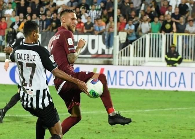 Pettinari trascina il Trapani al successo, doppietta e tre gol all'Ascoli al 'Provinciale'