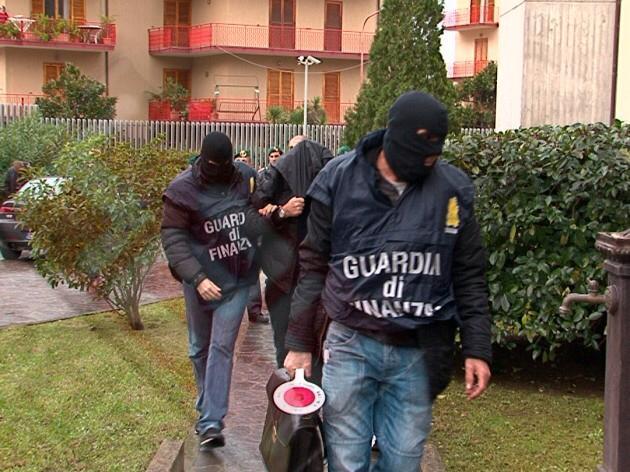 Traffico di droga tra Spagna e Italia, arresti in Sicilia e nel Lazio