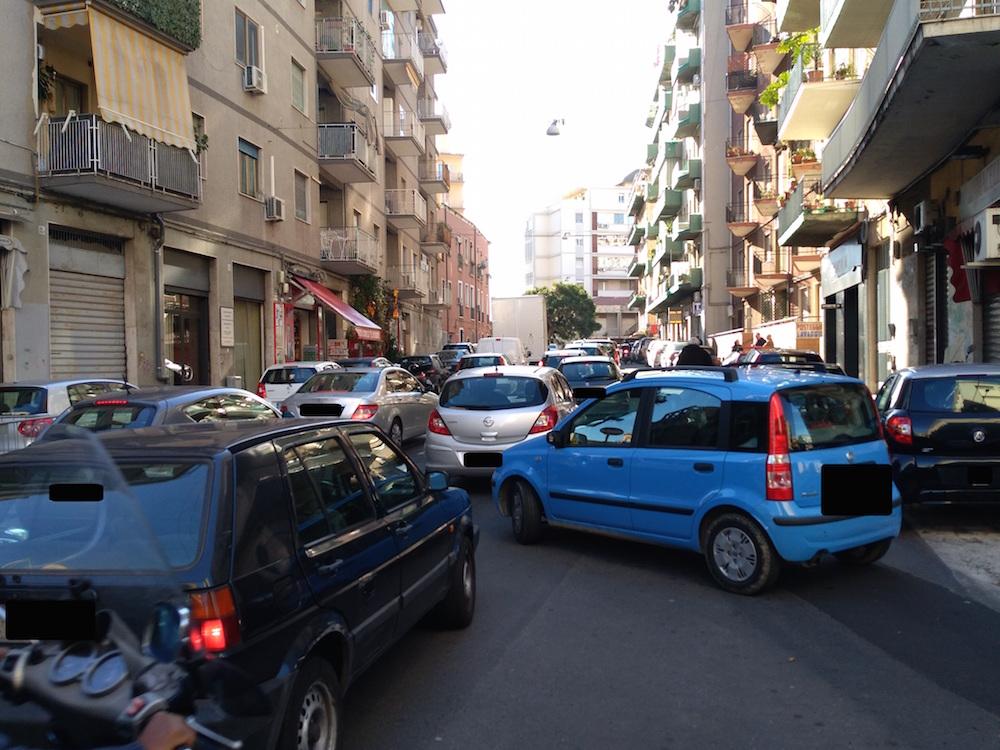 """Traffico sempre in tilt in viale Rapisardi a Catania, si intervenga"""