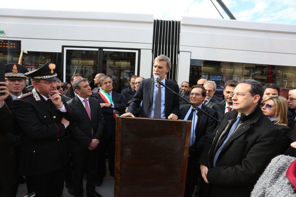 """Torna il Tram a Palermo, il ministro Delrio: """"Da oggi città più europea"""""""