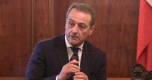Trapani, il sindaco Tranchida indagato per diffamazione