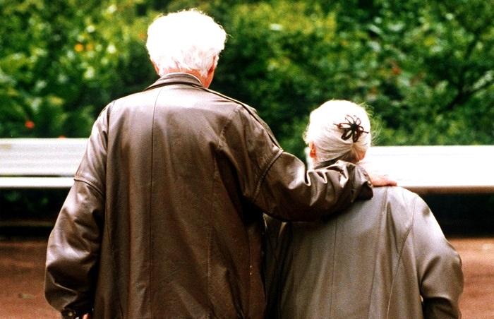 Trasporti, a Rosolini da lunedì pronti i tesserini Ast per gli anziani