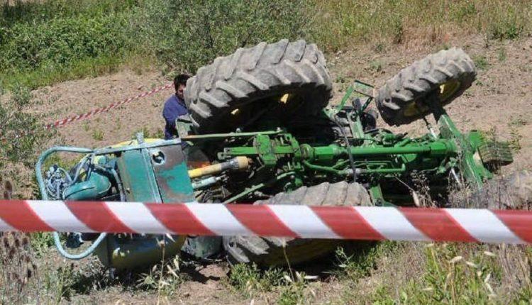 Si ribalta il trattore, morto agricoltore 63enne  a Santa Croce Camerina