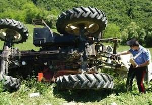 Bolzano, bimbo di due anni investito e ucciso dal trattore del nonno