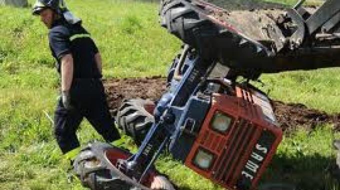 Incidente a Patti, bracciante muore schiacciato dal trattore
