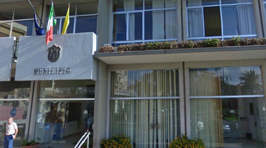 Cdm, sciolto per mafia il consiglio comunale di Trecastagni