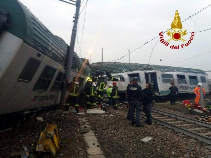 Milano, treno deragliato, ripresa la circolazione su due binari