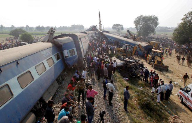India, deraglia un treno: almeno 32 vittime e oltre 50 feriti