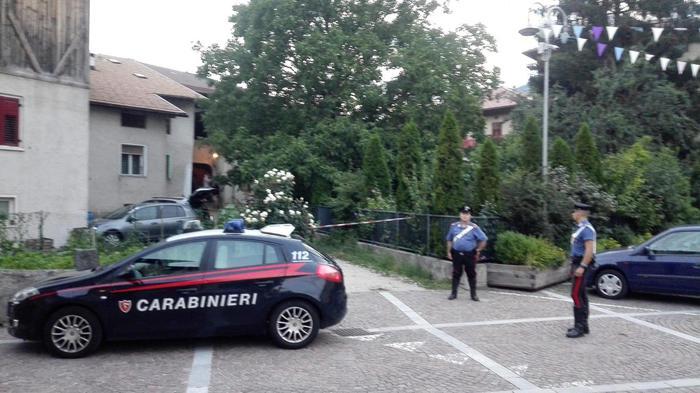 Tragedia in Trentino, spara ai genitori e poi si toglie la vita