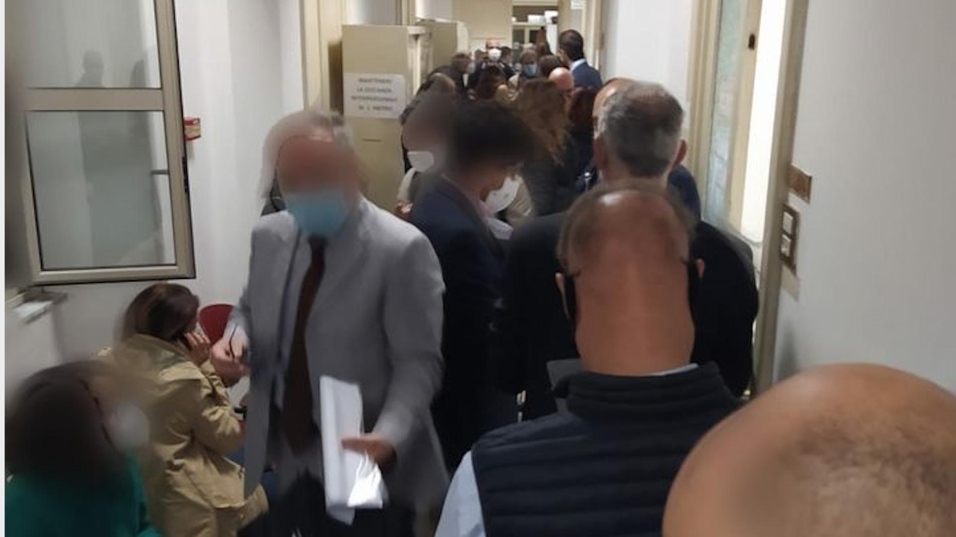 Covid, assembramenti al Tribunale di Enna, protestano gli avvocati