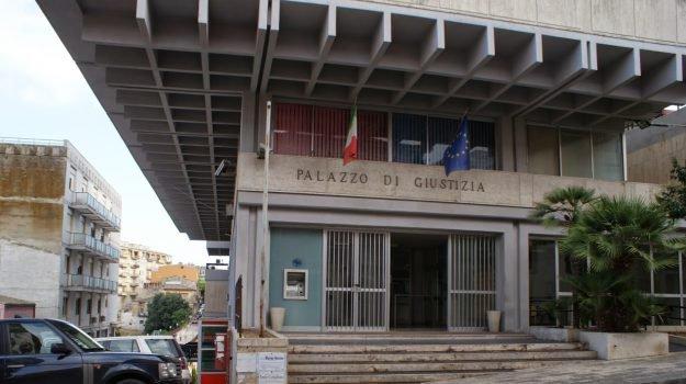 Tentata concussione, inflitti 3 anni a ex capo Ufficio tecnico Comune di Scicli